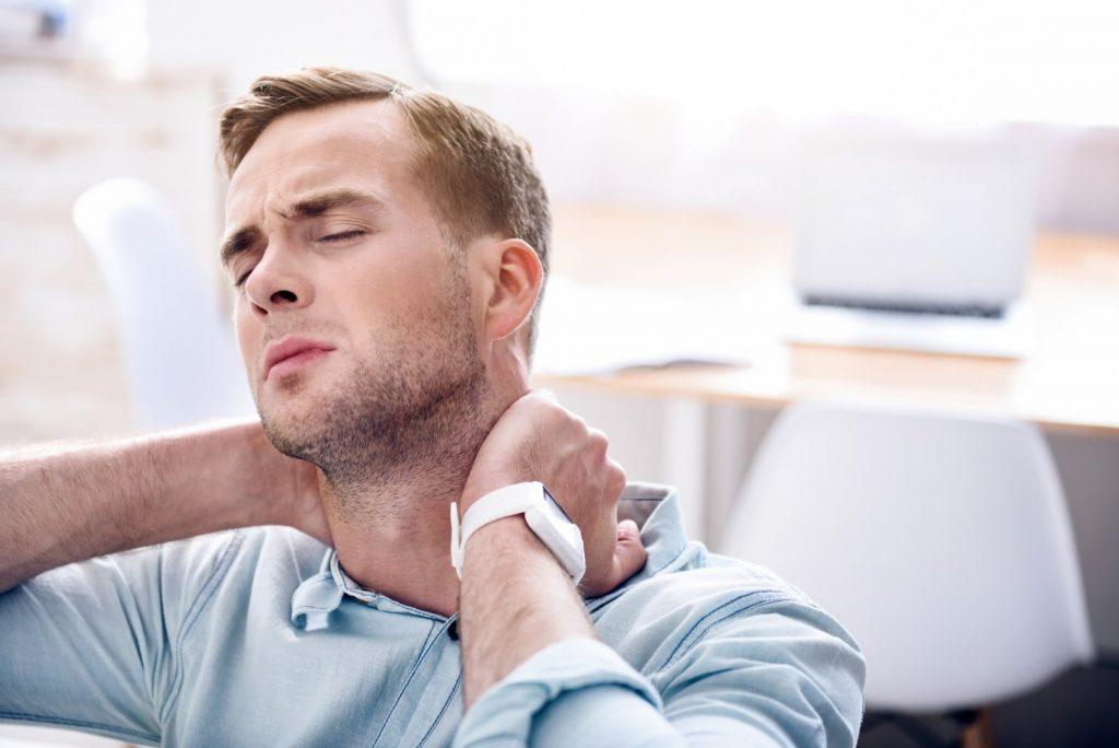 گردن درد